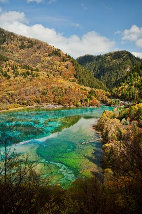 jiuzhaigou-national-park.jpg A valley of changing colours