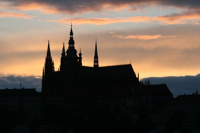 things-to-do-in-prague-beautiful-sunset-over-prague.jpg Things to do in Prague - view the beautiful sunset over Prague